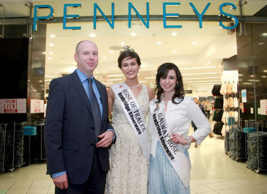 Rose Of Tralee Visits Eyre Square Centre