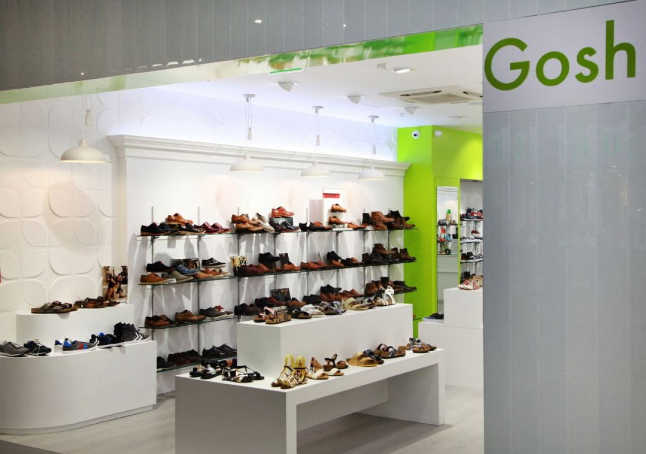 dc123d386f6c5 ... we guarantee good customer service and a pleasant shopping experience.  Shop in store or online, with free delivery and returns at  www.greenesshoes.com