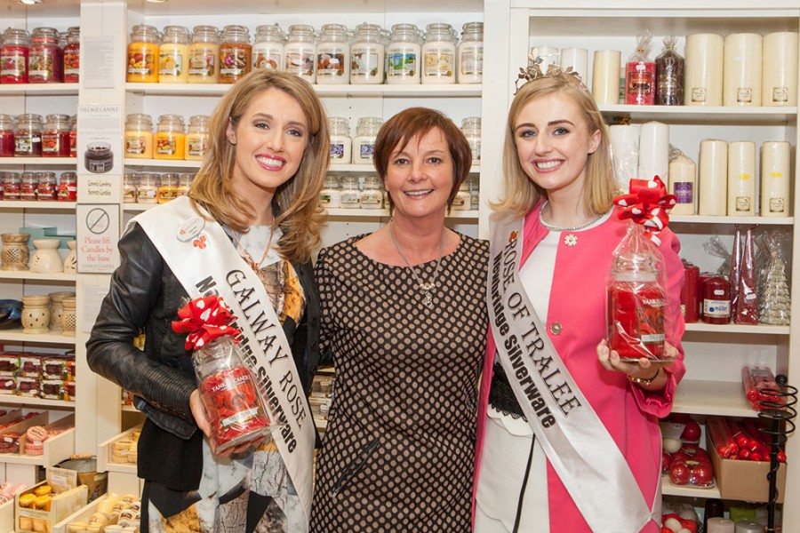 The 2015 Rose of Tralee Eylsha Brennan came to visit the Eyre Square Shopping Centre
