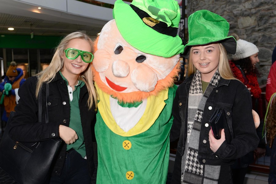 Pictures of St. Patrick's Day at the Eyre Square Shopping Centre 2019